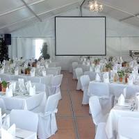 Ausstattung für eine Hochzeitsgesellscchaft