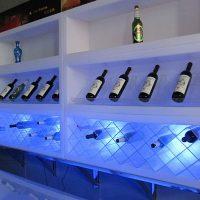 Flaschenregal LED-beleuchtet
