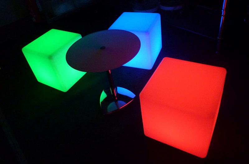 LED-Cube Sitz farbig